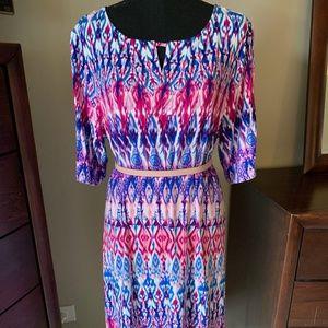 Colorful 3/4 Sleeve Shift Dress